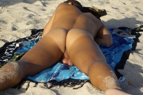 Beach-Butt-3