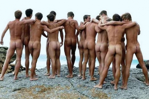 a-bunch-of-butts-at-the-ocean